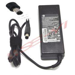 Adaptor Laptop HP Pavilion DV6000 DV8000 DV9000 Compaq 6820s 6520s NC8230 6930p